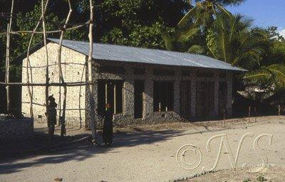 Maison construite en corail, Maldives 1987