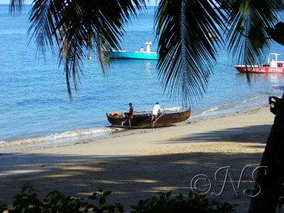 Barque de pêcheur à Nosy Bé