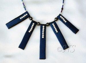 NS collier baton et perles